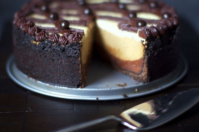 Cappuccino fudge cheesecake by Smitten Kitchen, via Flickr