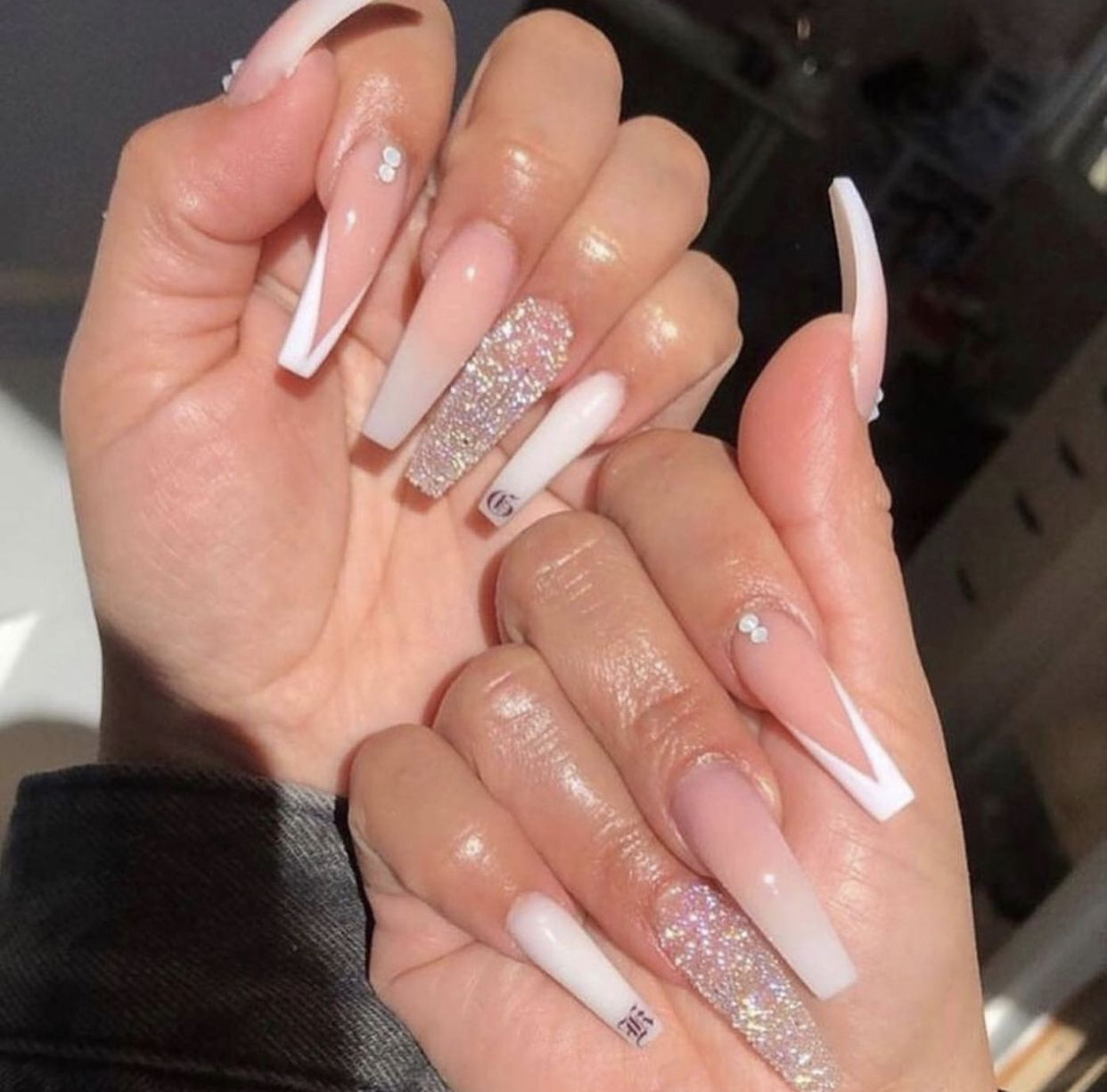 Pin By Alyssandria Jay On Claws In 2020 Long Acrylic Nails Coffin Bling Acrylic Nails White Acrylic Nails