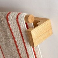 Traditional Wooden Roller Towel Rails & Towels