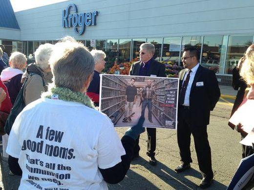 NEWS/GUN CONTROL: 'Moms' group challenges Kroger's gun stance - http://www.gunproplus.com/newsgun-control-moms-group-challenges-krogers-gun-stance/
