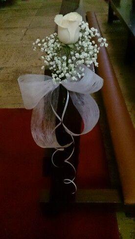 Pin De Marcia Chiaro En Tsholo Wedding Arreglos Para Boda Arreglos Para Boda Iglesia Decoracion Iglesia Boda