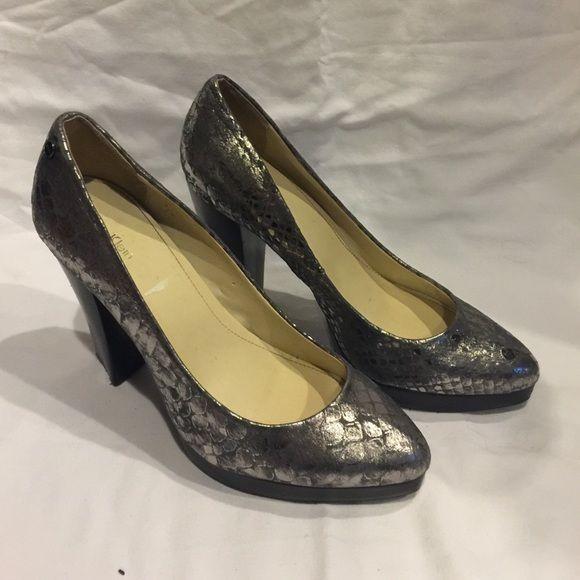 Calvin Klein Snakeskin Leather Pump Excellent condition Calvin Klein Shoes Heels