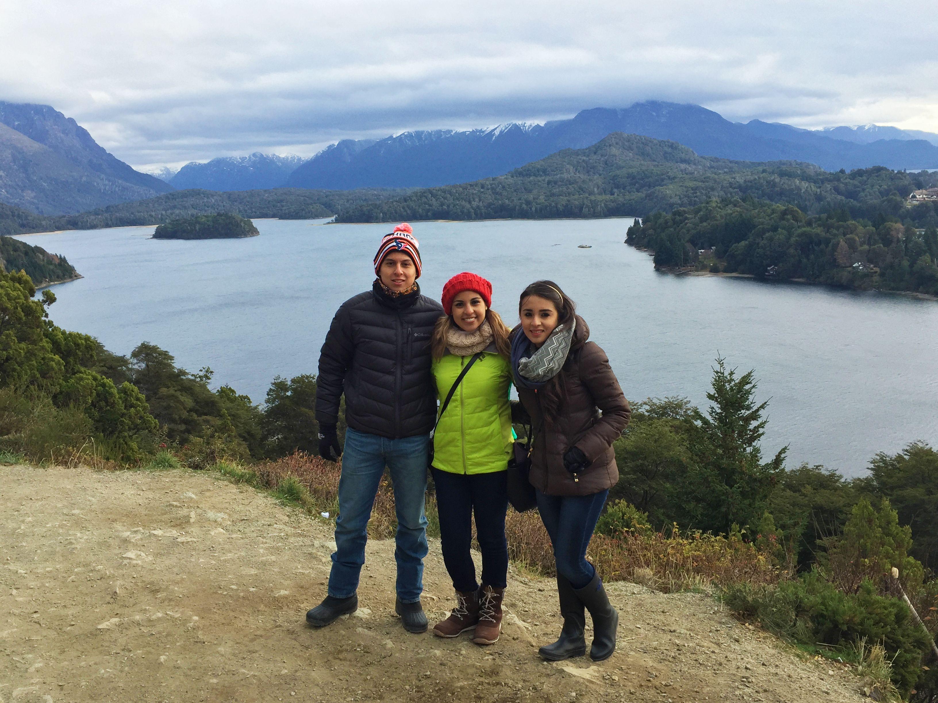 Gracias Rosa, Bernardo y Miren por elegir #AcrossArgentina para su #viaje por los #lagos y #montañas de #Bariloche! #ViajamosJuntos #WeTravelTogether