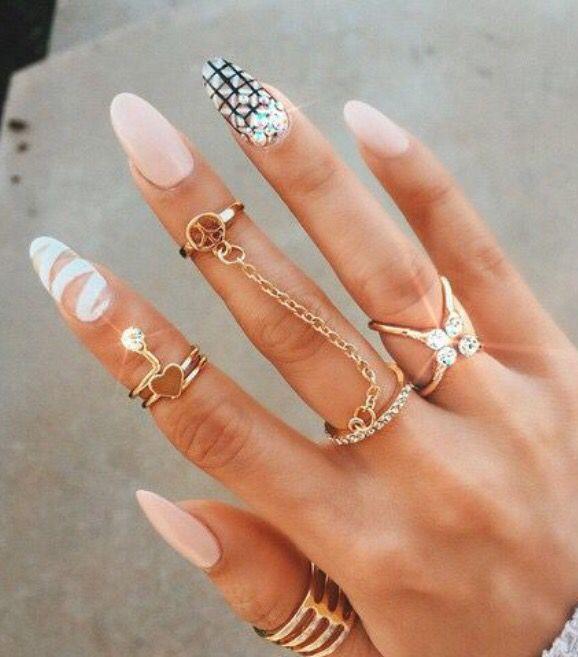 Pin by Kiya on Nails   Pinterest   Glamour nails, Neutral nails and ...