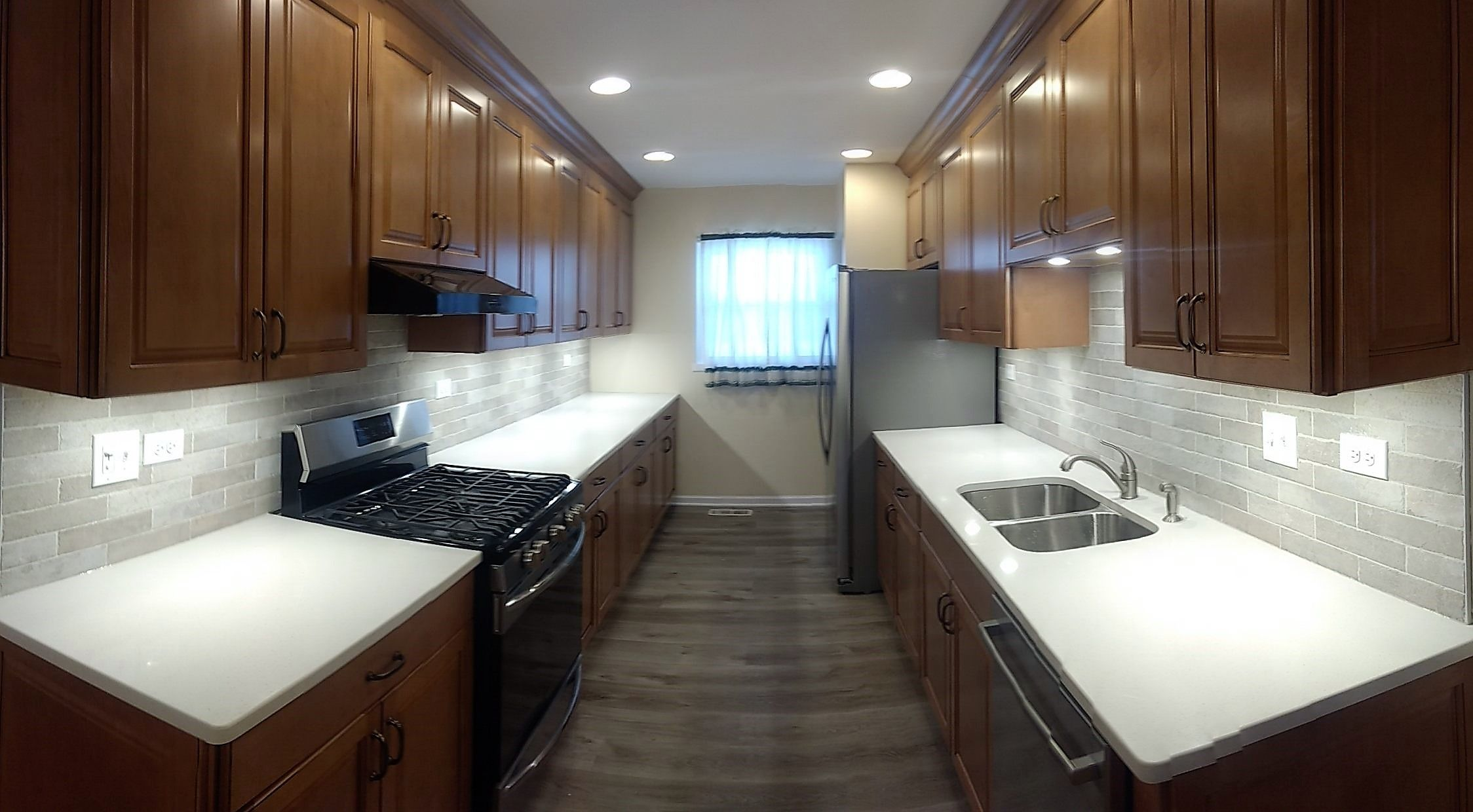 Cherry Cabinets with Frost White Quartz from MSI installed ...