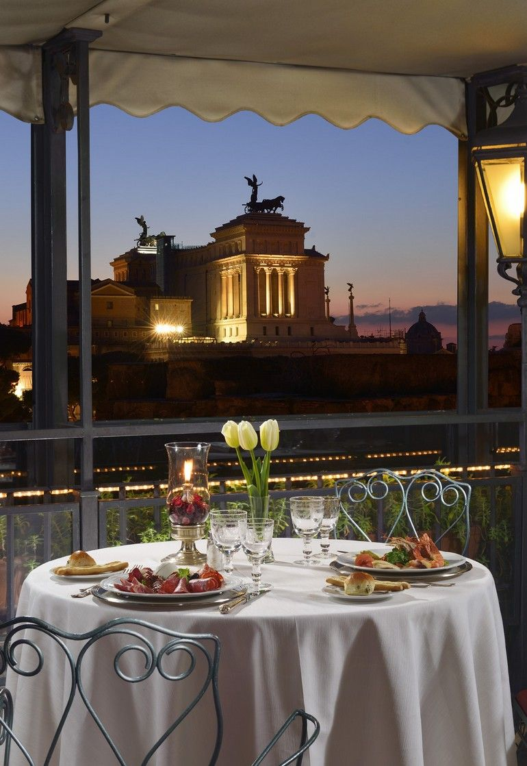 Hotel Forum's Roof Garden Restaurant Roof garden, Roof