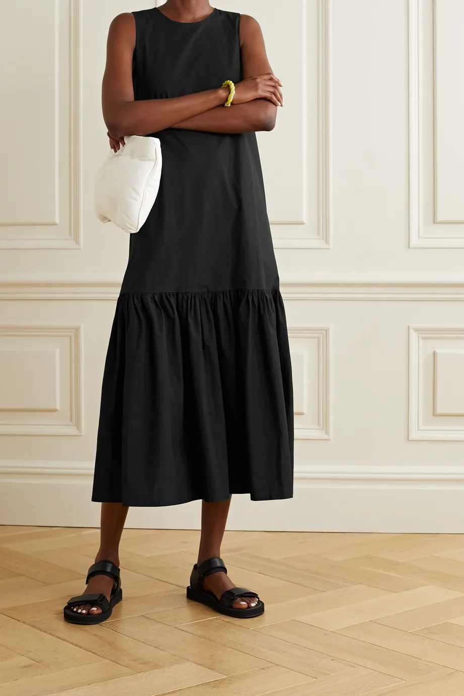 Pin By Nadya On Fashion In 2021 Cotton Poplin Midi Dress Poplin [ 1380 x 920 Pixel ]