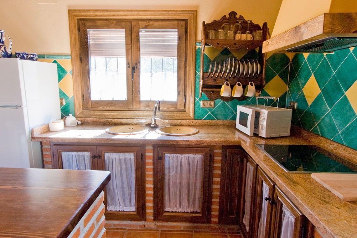 Casas ladrillo ala vista y madera buscar con google cocinas - Cocinas de obra rusticas ...