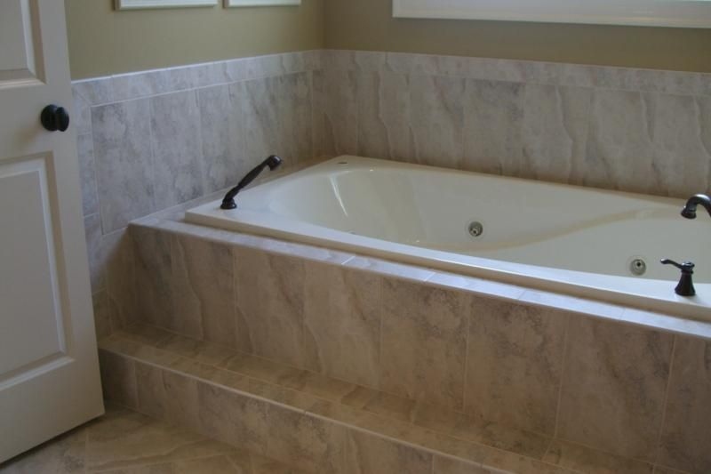 Tile tub surrounds tile tub surround tub surround and for Sunken tub ideas