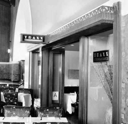 Traxx Restaurant And Bar Union Station 800 N Alameda St Los Angeles Ca 90012