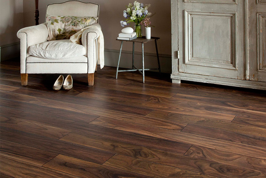 Series Woods 10mm Laminate Flooring American Walnut In 2020 Laminate Flooring Flooring Flooring Trends