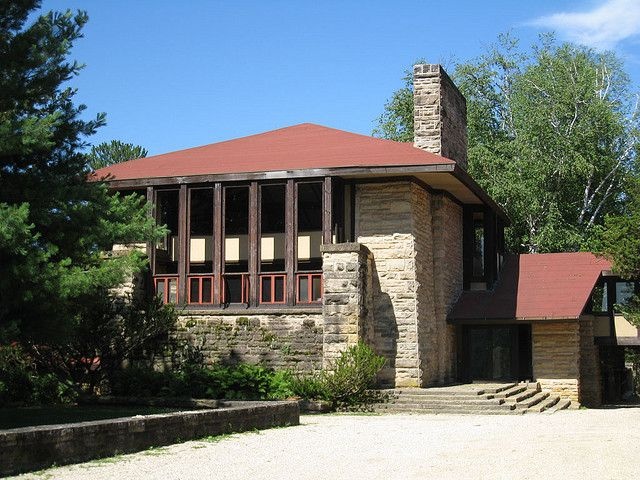 Hillside School. Taliesin East. Frank Lloyd Wright home and Studio. South of Spring Green, Wisconsin. 1911,1914, 1925 (remodels after fires)Hillside Home School, Rebuilt in 1902, Original school 1887. Frank Lloyd Wright. Spring Green, Wisconsin.