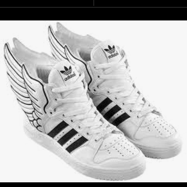 I Believe I Can Fly  Adidas Hermes Hightops d2f4527b2d