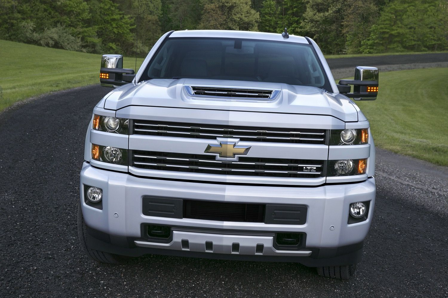 Review 2019 Chevy Silverado 2500 Duramax Problems And Images Feels Free To Follow Us Di 2020 Kendaraan Mobil
