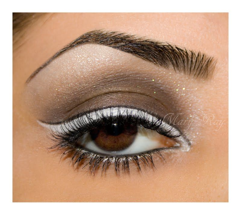 White eyeliner that looks classy! Want to try