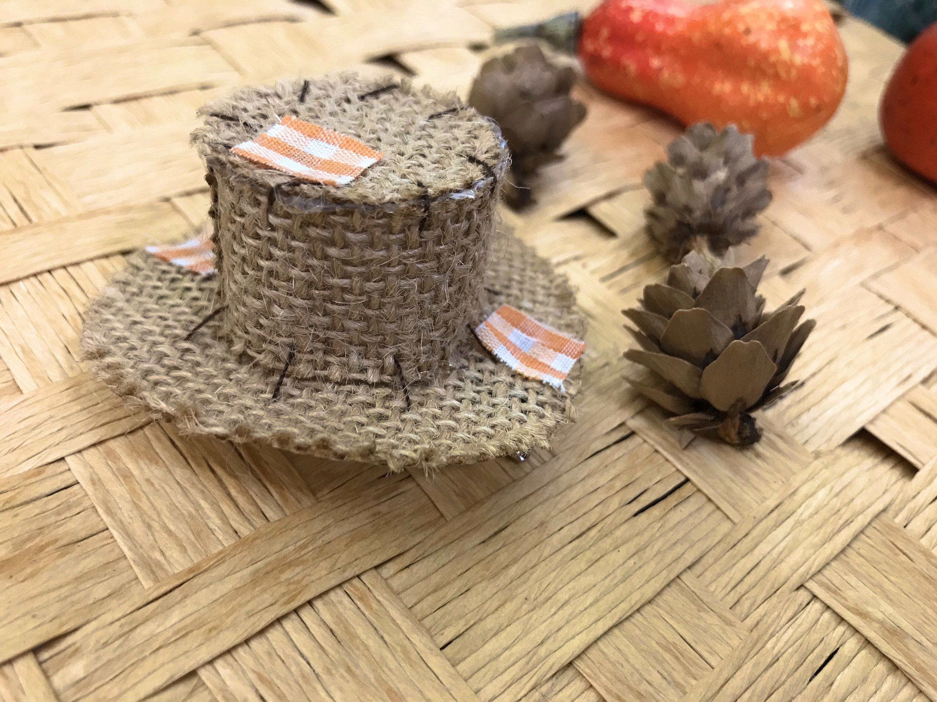 Mini Thanksgiving Fall Scarecrow Hat Hair Clip Etsy Scarecrow Hat Diy Crafts For Boyfriend Fall Scarecrows