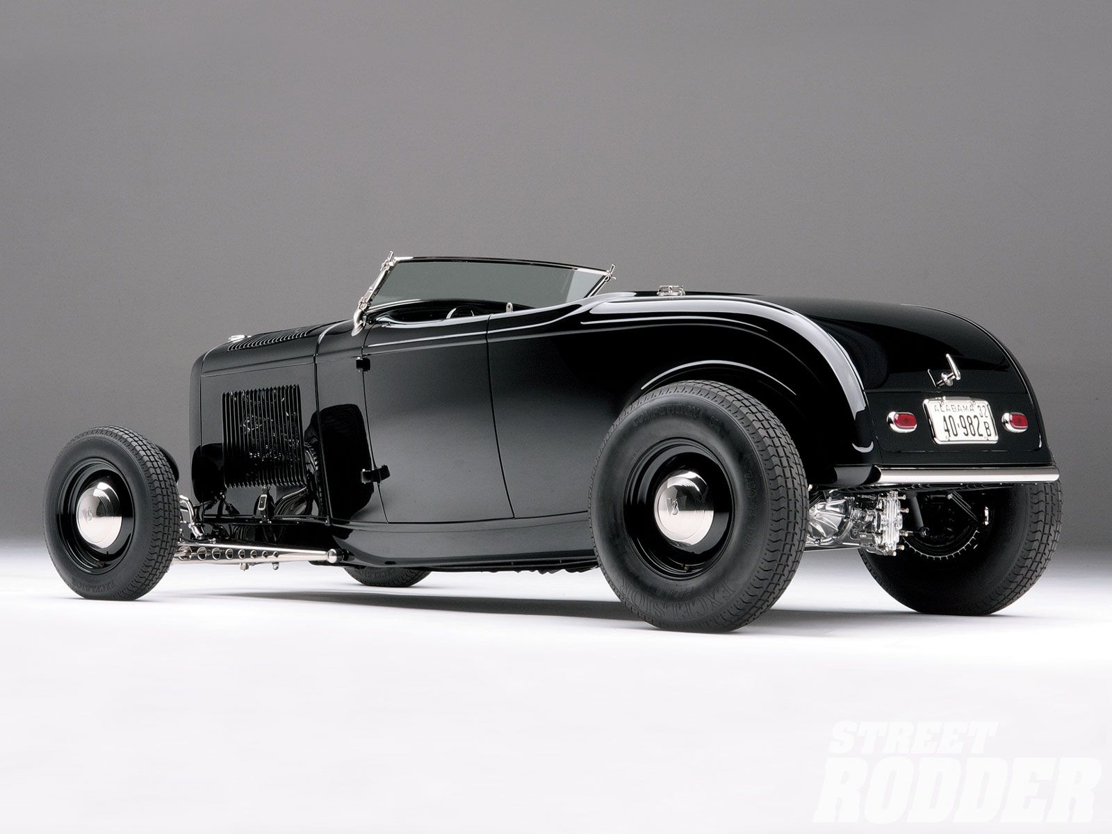 Read about Alan and Angie Johnson\'s 1932 Ford Roadsters with ...