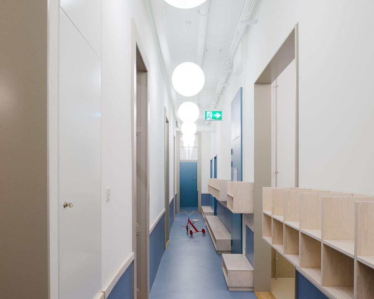 Bureau brisson . rufer . le centenaire day care centre . lausanne 4