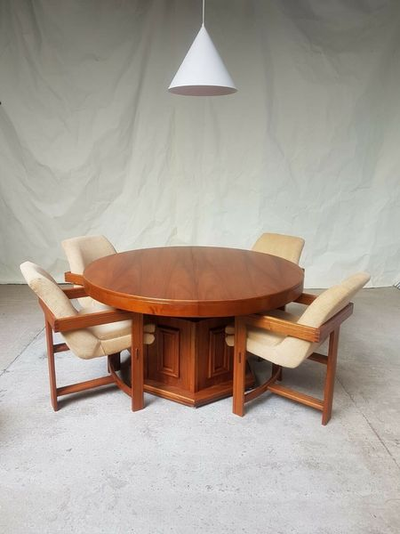 Late Mid Century Rosewood Circular, Pedestal Dining Room Tables