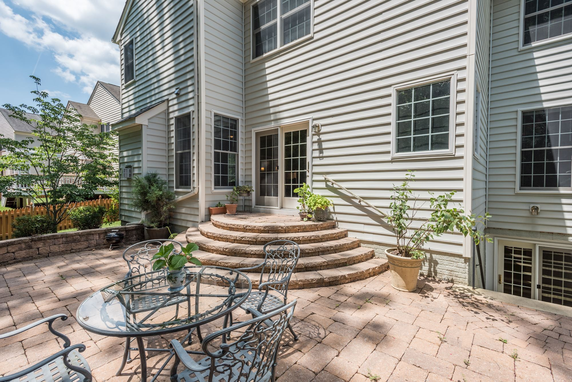 4 Bedrooms, 2 Full Baths, 2 Half Baths, Finished Basement, Sitting Room Off  Master. MLS# PW9691768 Dominion Valley Country Club, Haymarket, DC Metro  House ...
