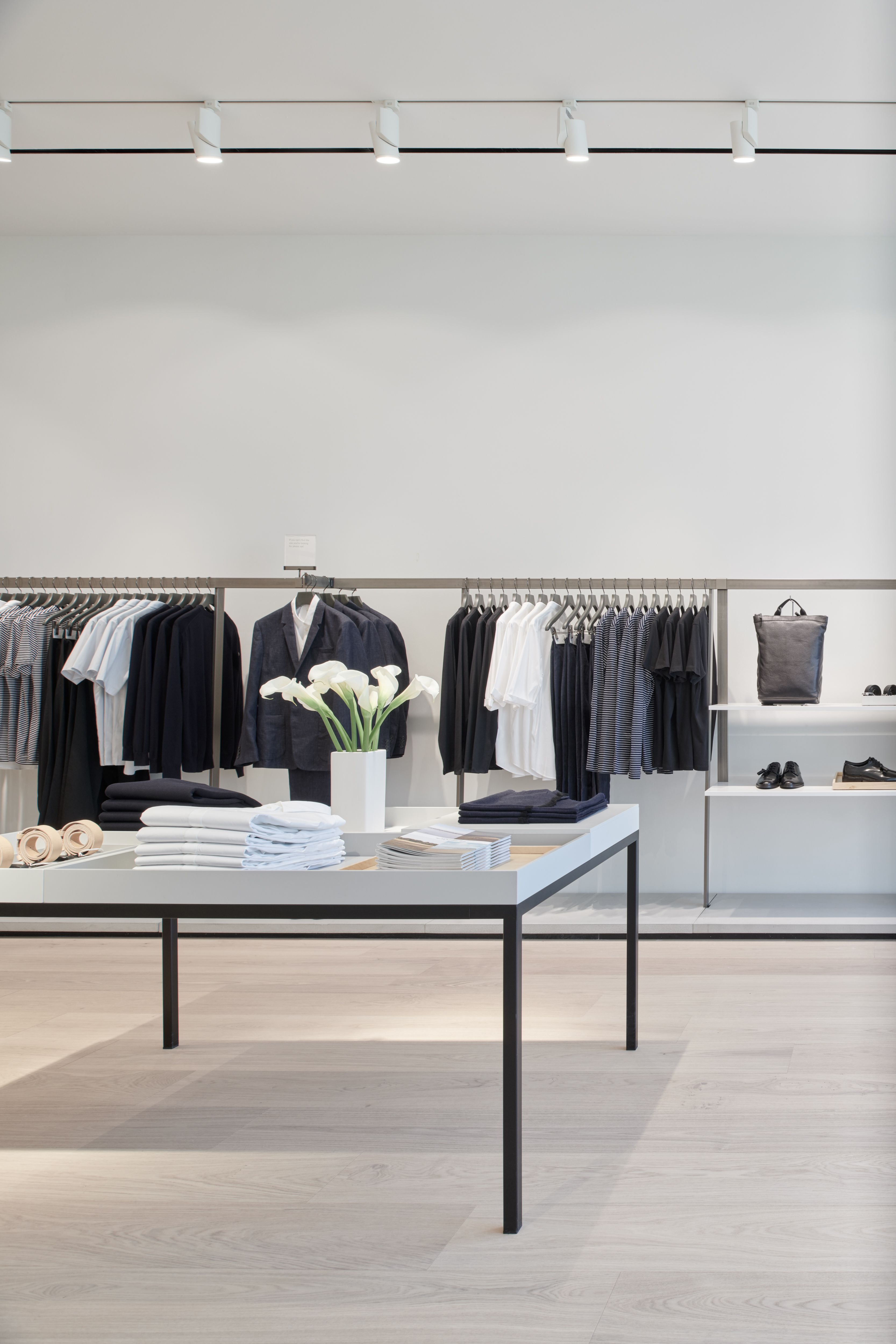 Cos stores oak street chicago retail store in 2019 - Commercial interior design chicago ...