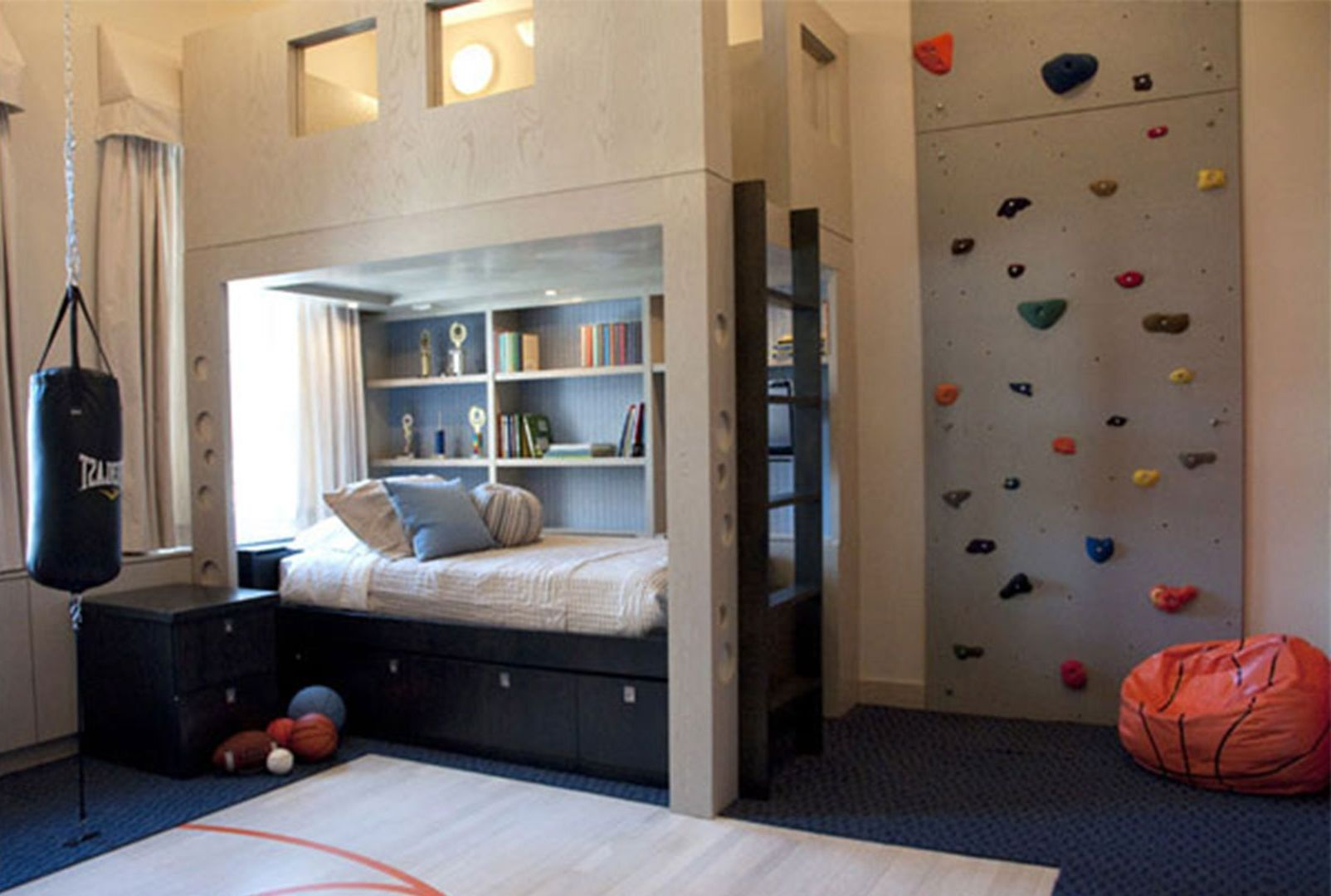 Give A Boy S Bedroom A Nautical Vibe With A Navy Boy S Bedroom Ideas Set Plank Walls And Ship Inspired Boy Bedroom Design Cool Kids Bedrooms Cool Kids Rooms
