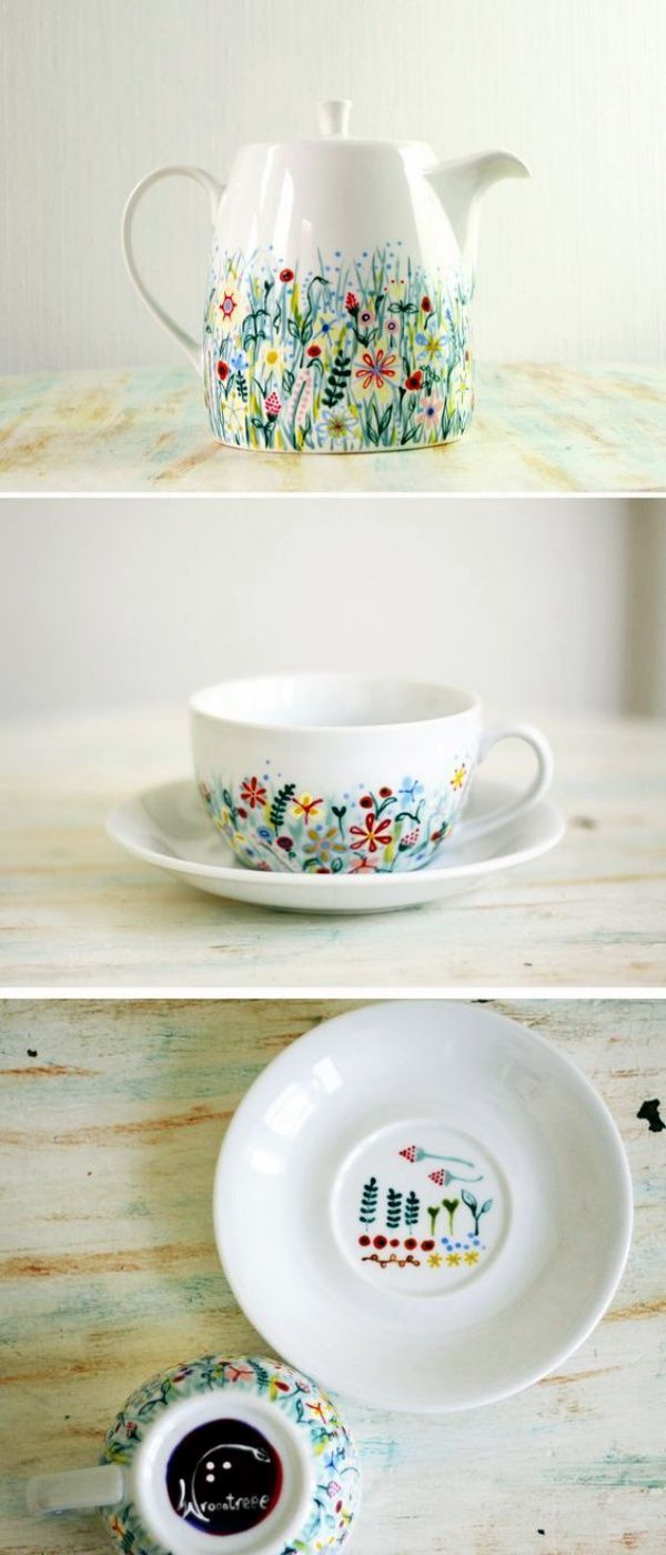 60 Pottery Painting Ideas to Try This Year #paintyourownpottery Pottery Painting Ideas to Try This Year00006 #potterypaintingdesigns