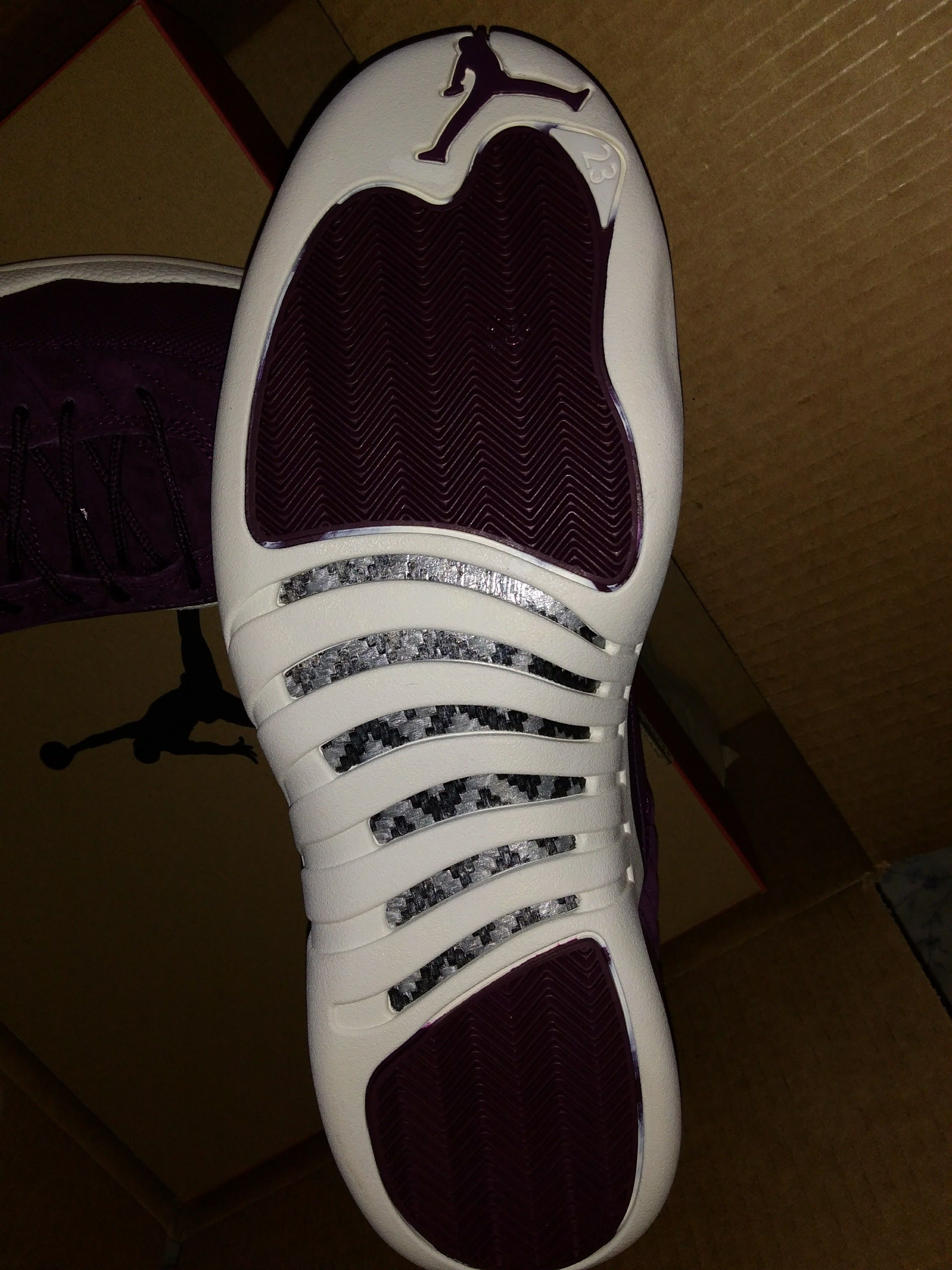 #sneakersoles of #airjordan #retro12 #Bordeaux by #NikeAirJordan - https://drewrynewsnetwork.com/forum/shoe-reviews/sneaker-reviews