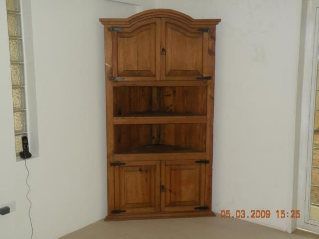 Mueble Mejicano esquinero de madera - San Antonio de los Altos
