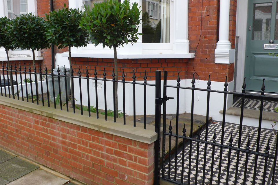 Front garden designs south west london belderbos for Victorian garden walls designs