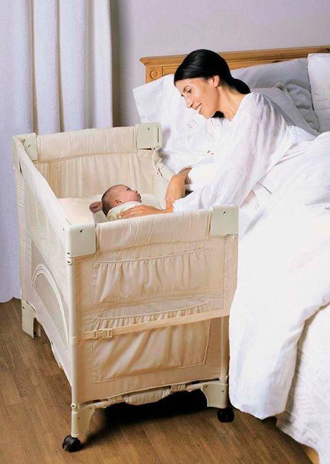Por que não?? Permitir que o bebê esteja próximo a você nos primeiros meses pode ajudar e muito. Berço co-sleep você encontra aqui na Aninhare. Venha conhecer!