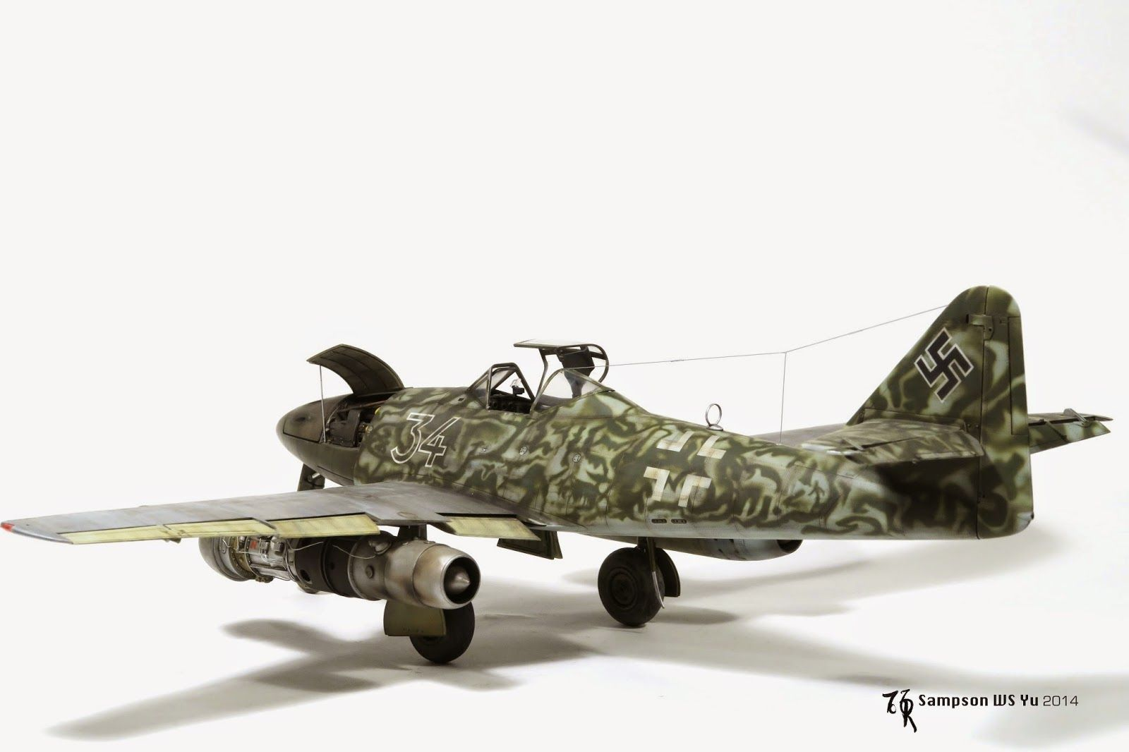 ME-262 white 34,1/32 trumpeter. by Sampson WS Yu