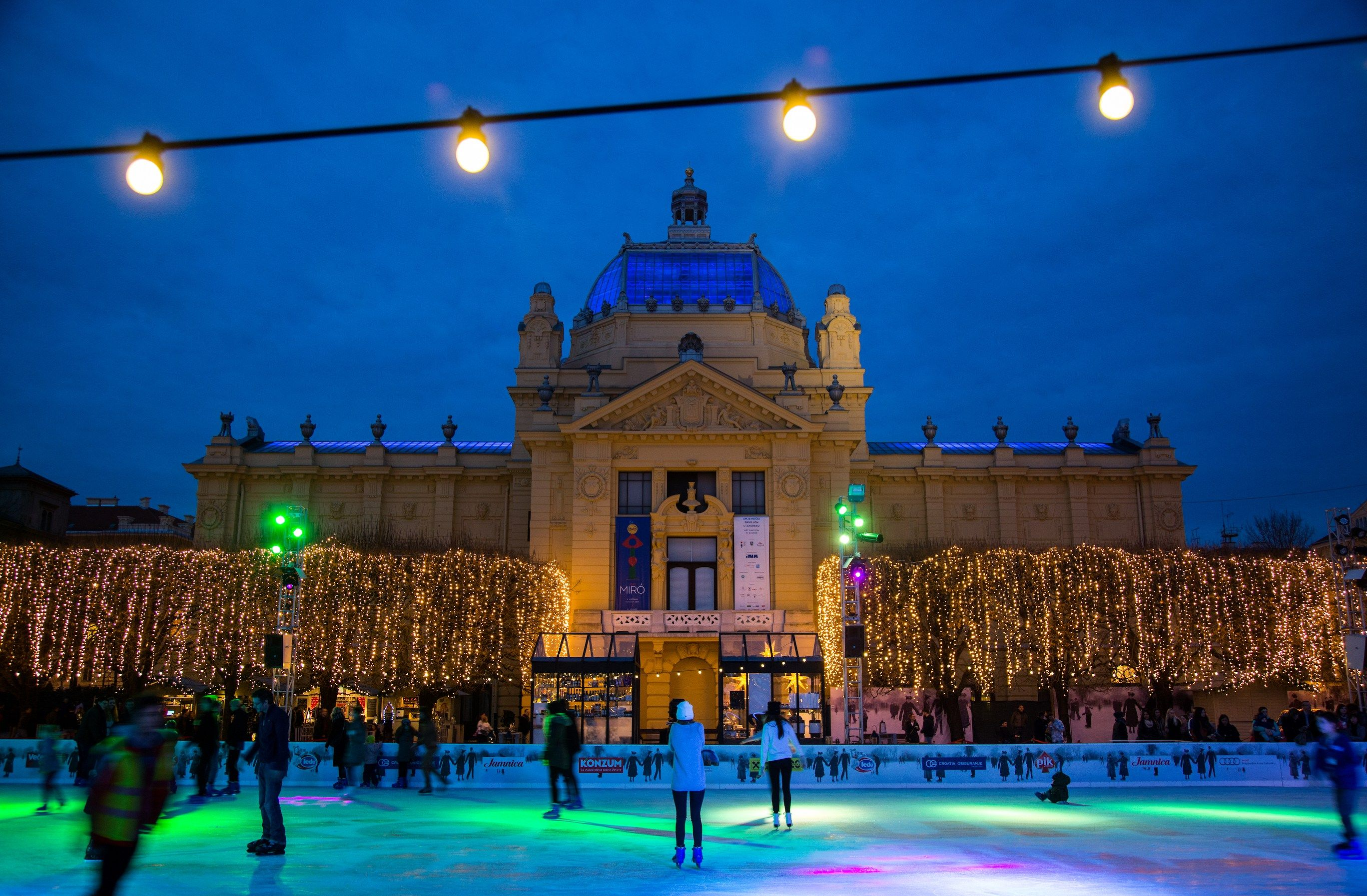Why You Should Visit Zagreb Croatia During The Winter Christmas Markets Europe Zagreb Christmas Market