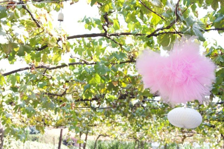 Primeiro aniverário: Pompons de tule