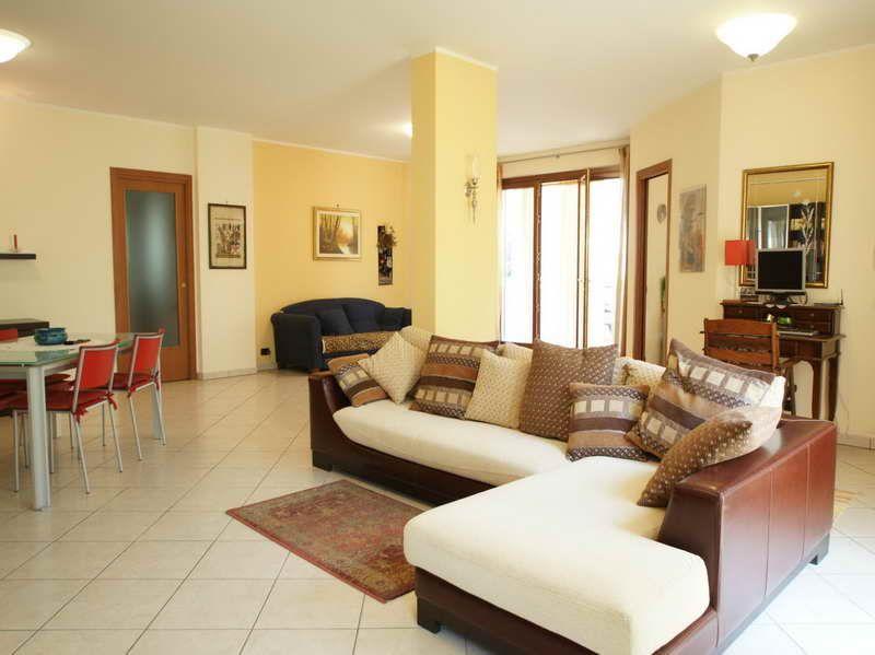 Pin By Vicha Falencia On Living Room Design Living Room Colors Living Room Paint Living Room Color