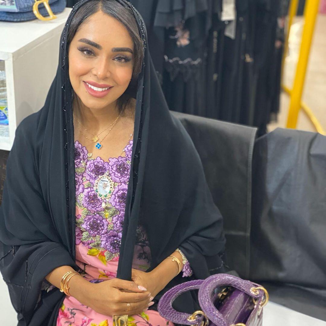 فاطمة المازمي Fatimaalmaazmi On Instagram Hello Dress S Ma Collection Arabian Dress Fashion Dresses