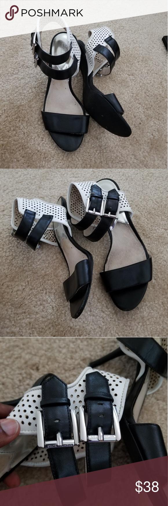Cute MK shoes Cute MK shoes. Worn a few times and show