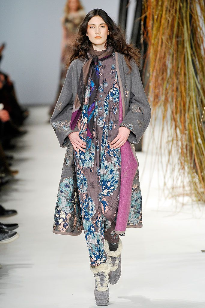 Kenzo Fall 2010 Ready-to-Wear - Collection - Gallery - Style.com