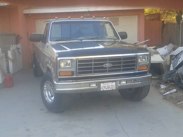 Up 4 Sale 1986 Ford F 250 Xlt Lariat 7 5ltr V8 Mechanically She Has Been Well Taken Care Of Im The 3rd Owner And Have Trucks For Sale F250 Never Let Me Down