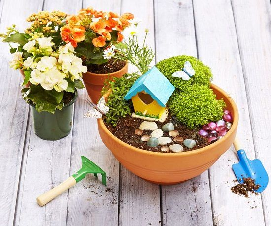22 Incredible Budget Gardening Ideas: 25 Amazing Things To Do With Terracotta Pots (Other Than