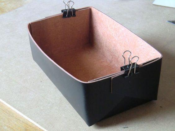 diy anleitung minimalistische box aus leder basteln via ideen zum nachmachen. Black Bedroom Furniture Sets. Home Design Ideas