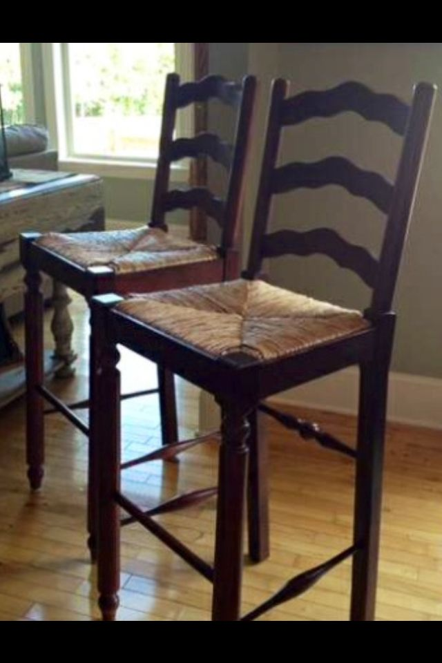 Broyhill Attic Heirlooms Ladderback Bar Stool Height