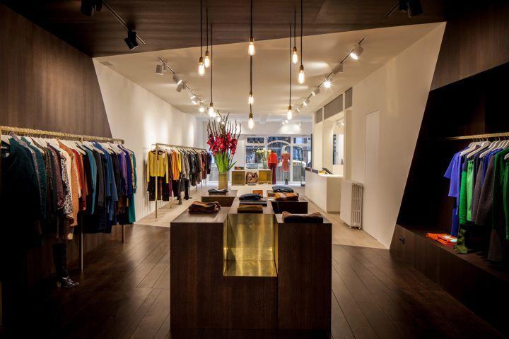 garde-robe nationale boutiquedieter vander velpen, antwerp