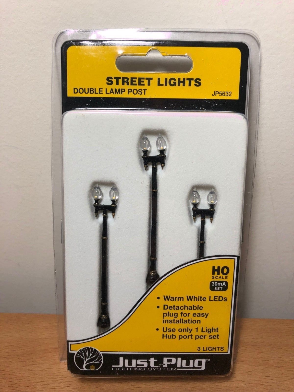 Lamps And Lights 31107 Woodland Scenics Ho Scale Jp5632 Double Lamp Post Street Light Pack Of 3 Buy It Now Only 15 99 Street Light Lights Lamp Post