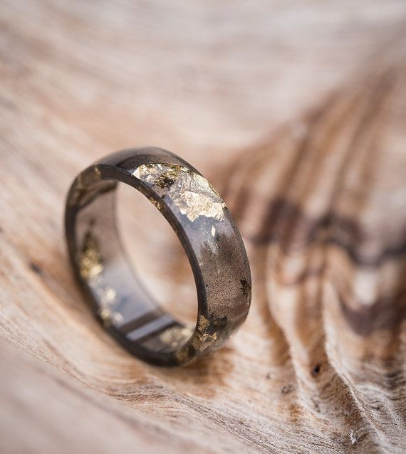 Black ring Faceted ring Mens ring Womens ring Stacking ring Black rings Black faceted band Black gold ring Thin faceted ring Resin ring