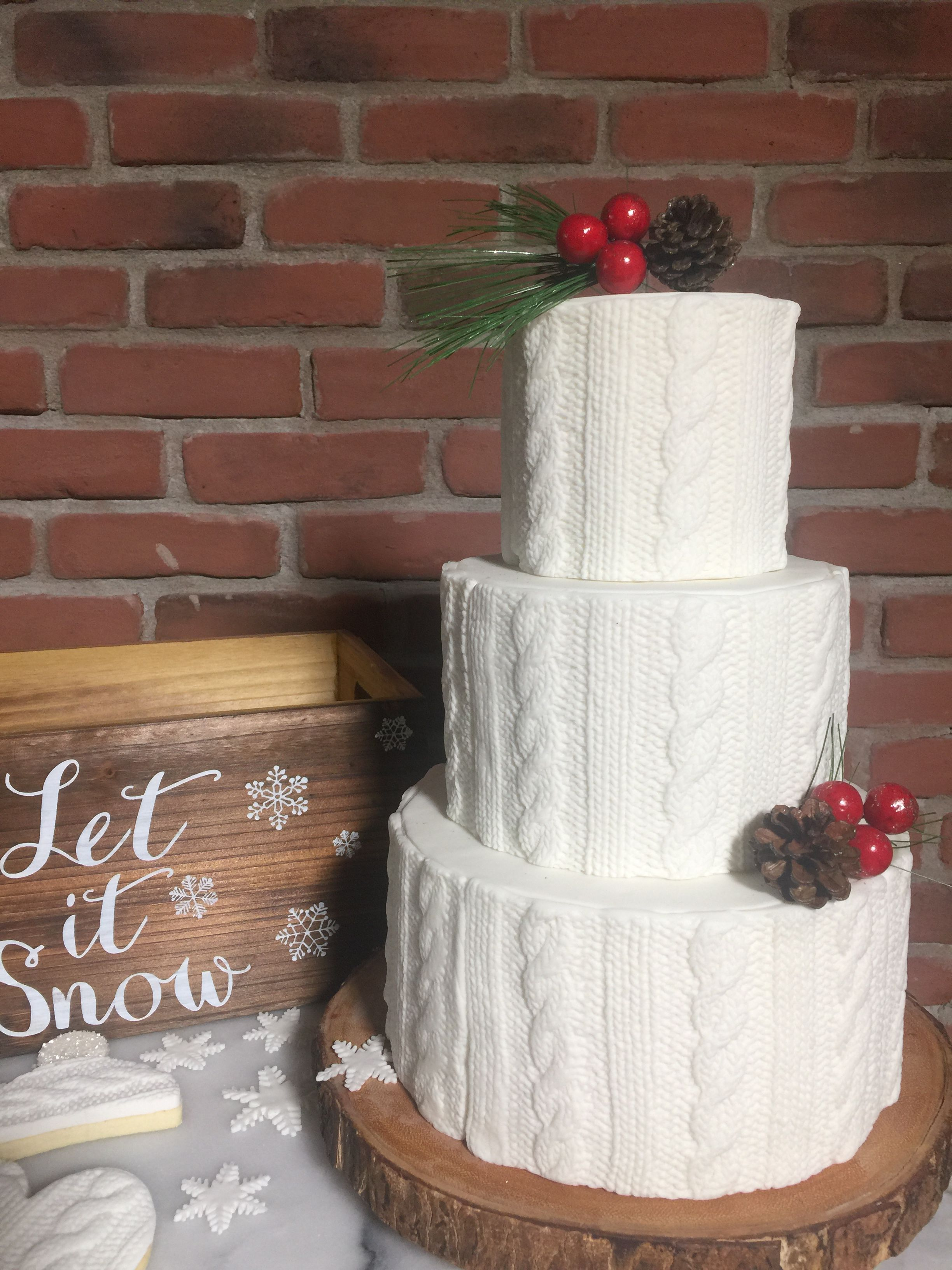 Sweater holiday cake. Knit pattern cake.   Holiday cakes ...