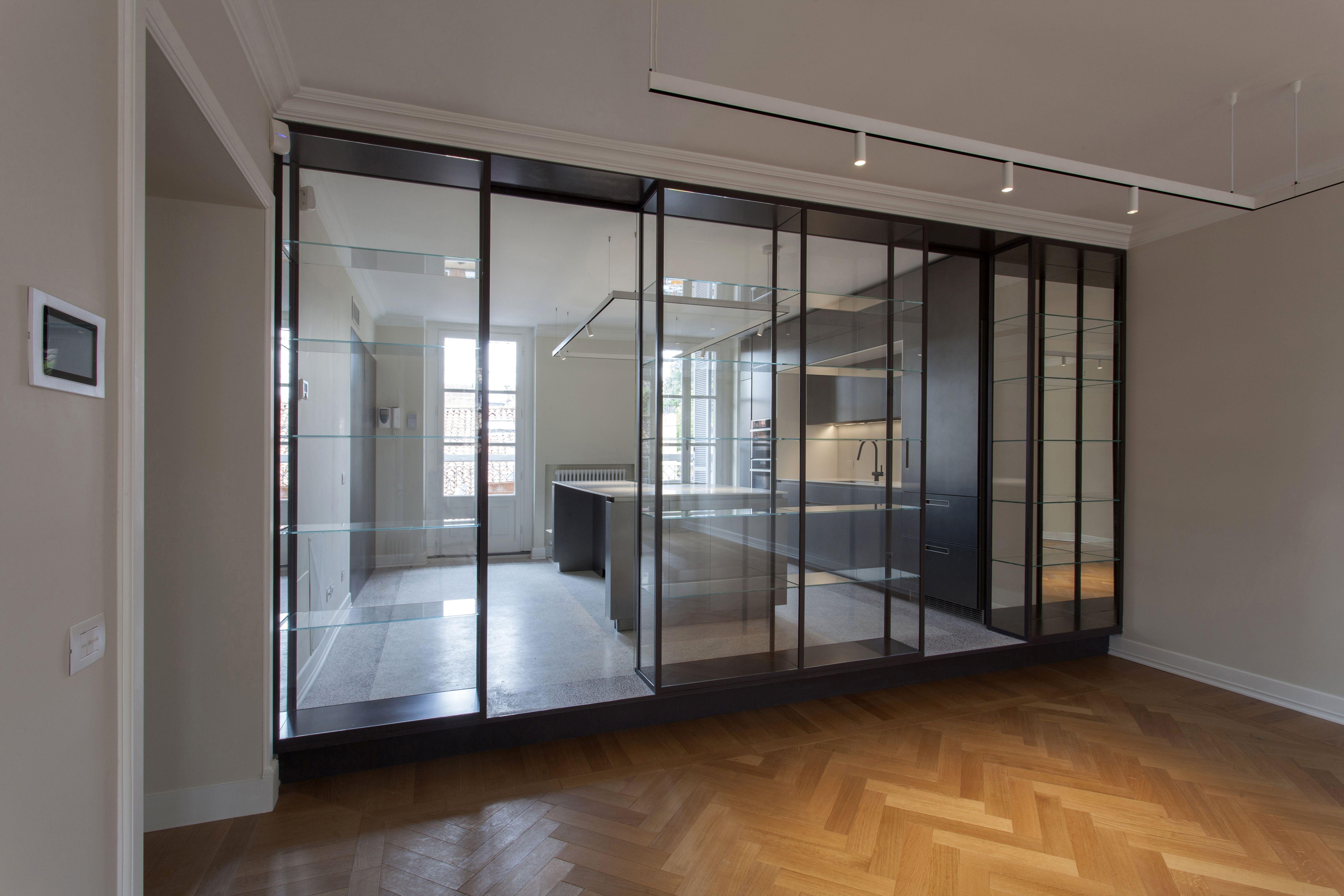 Separazione cucina e soggiorno #vetro#metallo#materiali#interni ...