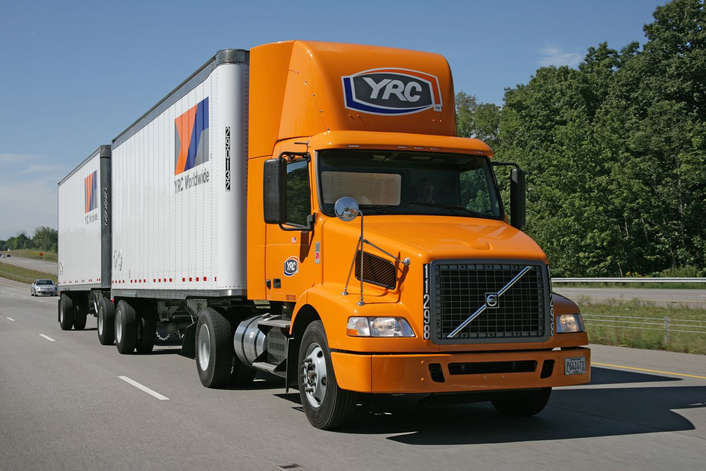 YRC Freight Volvo | LTL FREIGHT | Volvo trucks, Trucks