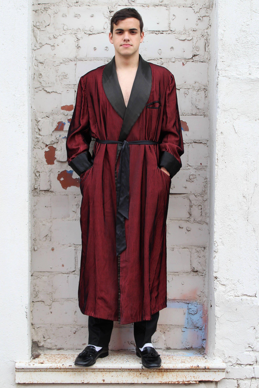 3b8e8dc9728 Vintage lounging robe/smoking jacket that would make Hef proud: Silk Robe |  Wm