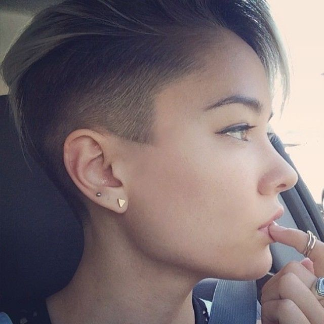pin woman's hair